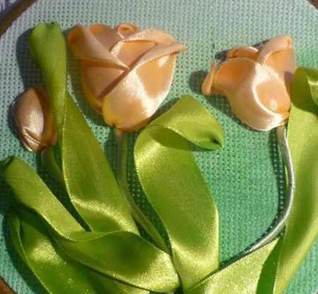 ساخت گل لاله با روبان 10 - آموزش ساخت گل لاله با روبان با روش بسیار ساده و کامل