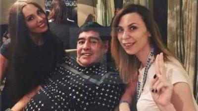 تعرض جنسی مارادونا به خبرنگار زن