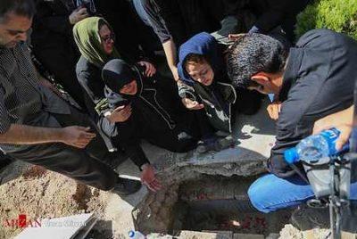 مراسم تشییع جنازه و خاکسپاری بنیتا (5)
