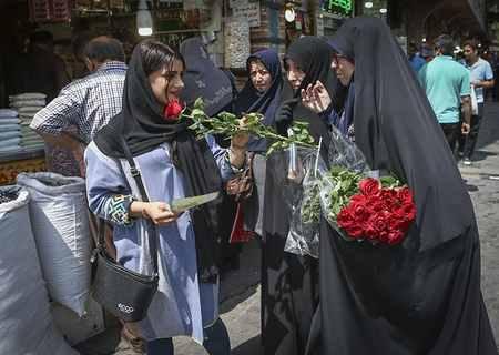 مراسم روز عفاف و حجاب در بازار تهران (7)