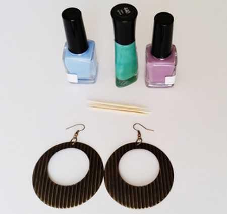 آموزش ساخت و تزئین گوشواره با لاک ناخن 1 آموزش ساخت و تزئین گوشواره با لاک ناخن