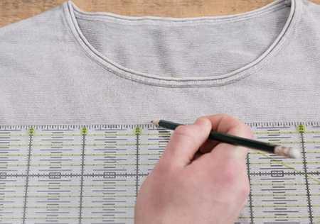 آموزش گلدوزی لباس بافتنی با نخ دمسه 3 آموزش گلدوزی لباس بافتنی با نخ دمسه