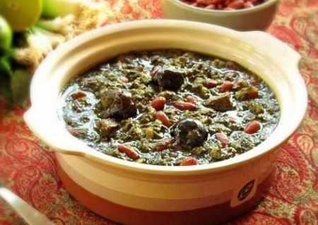 طرز تهیه خورش قورمه سبزی مجلسی