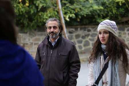 عکس های بازیگران سریال ترکی غنچه های زخمی (11)
