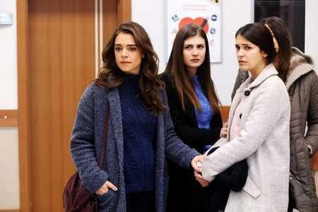 عکس های بازیگران سریال ترکی غنچه های زخمی 14 عکس های بازیگران سریال ترکی غنچه های زخمی