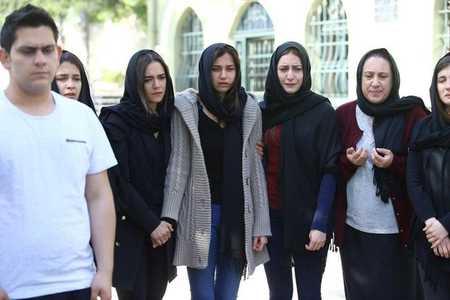 عکس های بازیگران سریال ترکی غنچه های زخمی 22 عکس های بازیگران سریال ترکی غنچه های زخمی