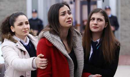 عکس های بازیگران سریال ترکی غنچه های زخمی 29 عکس های بازیگران سریال ترکی غنچه های زخمی