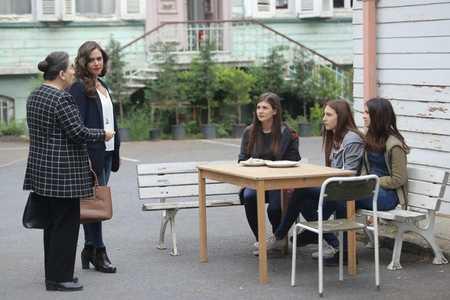 عکس های بازیگران سریال ترکی غنچه های زخمی (6)