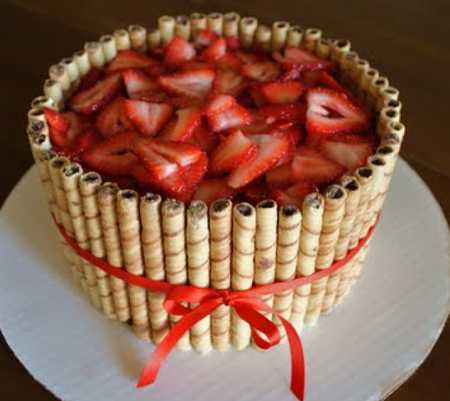 عکس های تزیین کیک با میوه 1 عکس های تزیین کیک با میوه