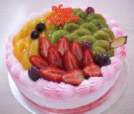 عکس های تزیین کیک با میوه 4 عکس های تزیین کیک با میوه