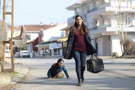 عکس های سریال غنچه های زخمی 11 عکس ها و خلاصه داستان سریال غنچه های زخمی