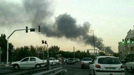 آتش سوزی در یک انبار لوازم پلاستیک جنوب تهران