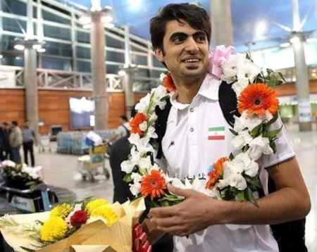 بیوگرافی امیر غفور والیبالیست ایران و همسرش (4)