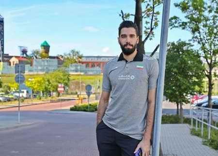 بیوگرافی سید محمد موسوی والیبالیست ایران و همسرش (3)