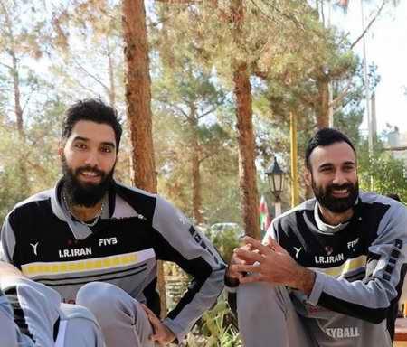 بیوگرافی سید محمد موسوی والیبالیست ایران و همسرش (6)