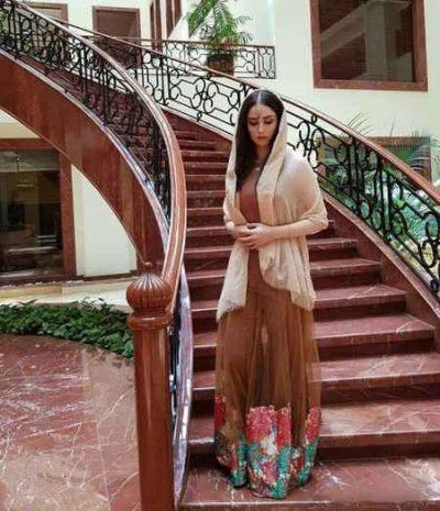 عکس جدید هانیه غلامی با تیپ و ظاهر هندی