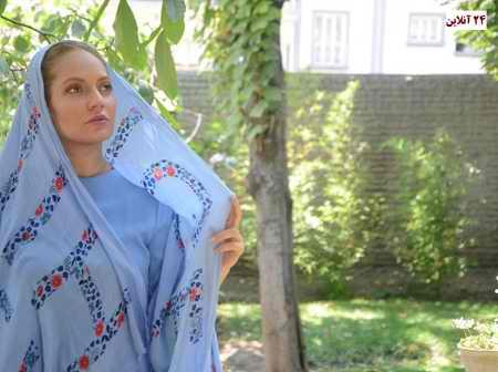 مهناز افشار با ست مانتو و روسری آبی - عکس مهناز افشار با ست مانتو و روسری آبی