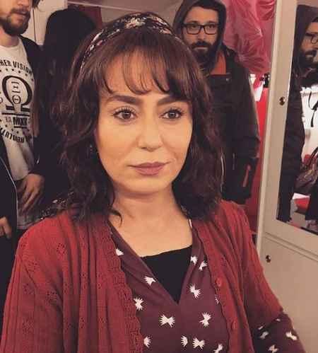 عکس های افتاده همسر عطا در سریال کاخ نشینان امروز (3)
