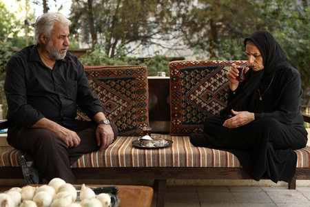 و خلاصه داستان سریال هاتف محرم 96 4 - عکس و خلاصه داستان سریال هاتف محرم ۹۶
