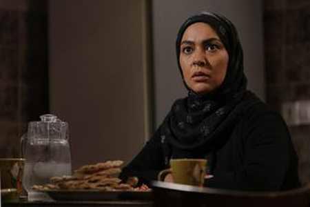 و خلاصه داستان سریال هاتف محرم 96 5 - عکس و خلاصه داستان سریال هاتف محرم ۹۶