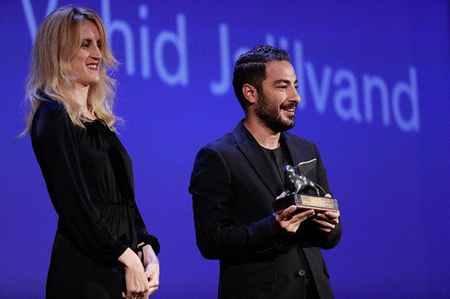 نوید محمدزاده برنده جایزه جشنواره ونیز 2017