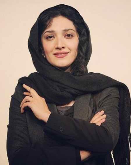 بیوگرافی مینا ساداتی بازیگر و همسرش 7 بیوگرافی مینا ساداتی بازیگر و همسرش