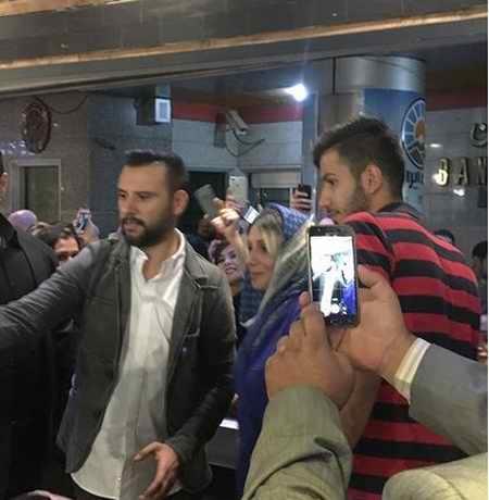 عکس علیشان Alişan خواننده معروف ترکیه ای در تهران (4)
