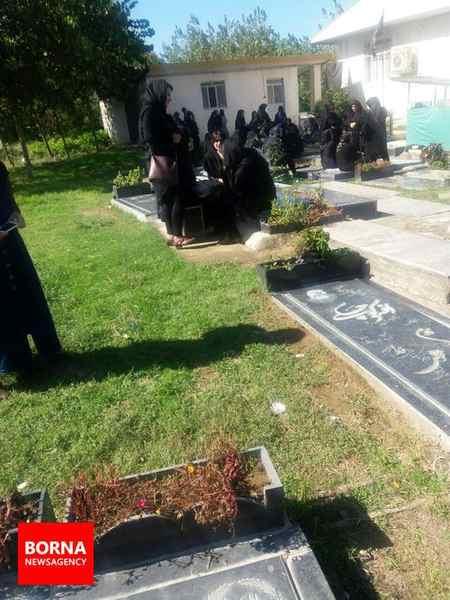 مراسم خاکسپاری اهورا 2 ساله گیلانی 8 مراسم خاکسپاری اهورا 2 ساله گیلانی