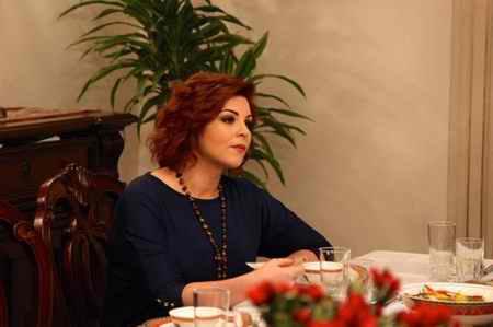 عکس بازیگران و خلاصه داستان سریال ترانه زندگی ترکی (23)
