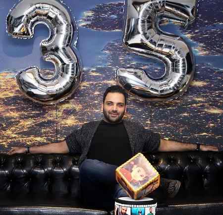 عکس جدید احسان علیخانی در تولد 35 سالگی اش 1 عکس جدید احسان علیخانی در تولد 35 سالگی اش
