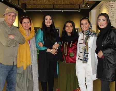عکس های الهام پاوه نژاد در افتتاح نمایشگاه سعید رفیعی 1 عکس های الهام پاوه نژاد در افتتاح نمایشگاه سعید رفیعی