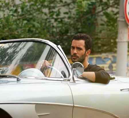 عکس های امید خان در سریال عشق اجاره ای بیوگرافی 5 عکس های امید خان در سریال عشق اجاره ای + بیوگرافی باریش اردوچ