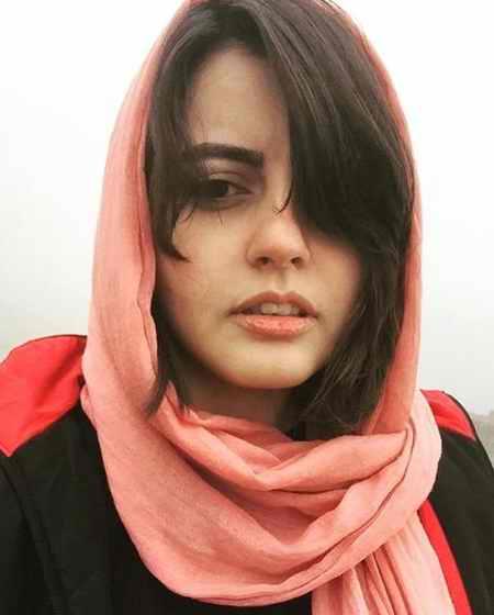 عکس های سارا در سریال سایه بان با بازی افسانه کمالی 15 عکس های سارا در سریال سایه بان با بازی افسانه کمالی