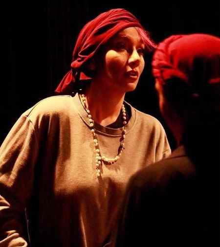 عکس های فریبا در سریال سایه بان با بازی خاطره حاتمی (5)