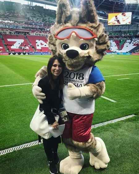 عکس های مجری جام جهانی 2018 ماریا کوماندنایا (4)