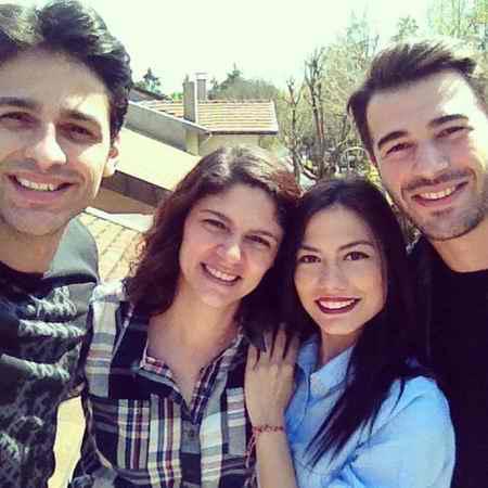 داستان و بازیگران سریال بوی توت فرنگی ترکی 10 داستان و بازیگران سریال بوی توت فرنگی ترکی