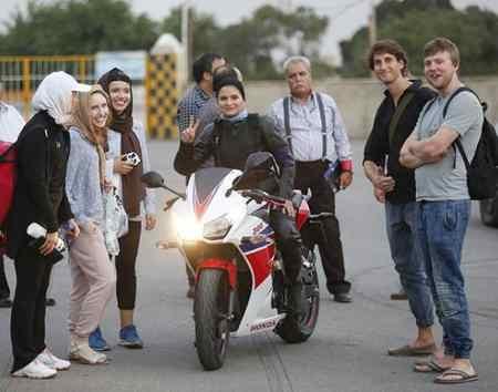 عکس های بهناز شفیعی موتورسوار ایرانی در اینستاگرام 4 عکس های بهناز شفیعی موتورسوار ایرانی در اینستاگرام