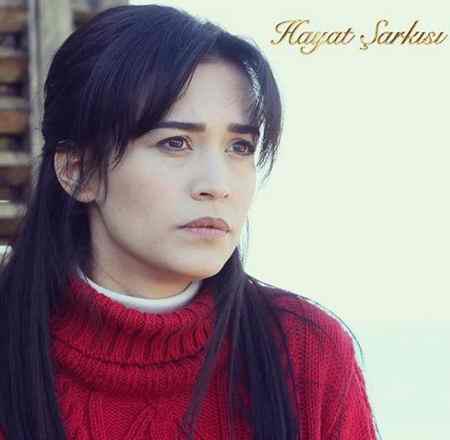 عکس های ملک در سریال ماکسیرا و بیوگرافی اجم اوزکایا (10)