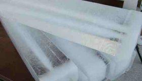 انشا درباره حمل یک قالب یخ بدون دستکش (1)