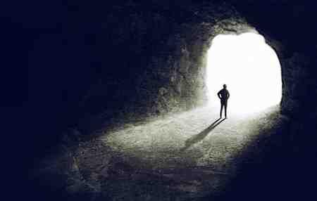 بعد از مرگ چه اتفاقی برای روح می افتد بعد از مرگ چه اتفاقی برای روح می افتد