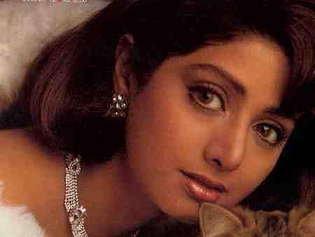 علت مرگ سری دیوی بازیگر هندی علت مرگ سری دیوی بازیگر هندی