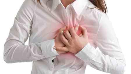 علت درد قلب در جوانان چیست علت درد قلب در جوانان چیست