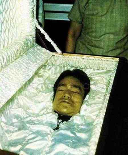 علت مرگ بروسلی چه بود 2 علت مرگ بروسلی چه بود