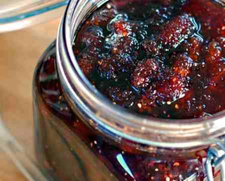 طرز تهیه مربا توت سیاه (1)