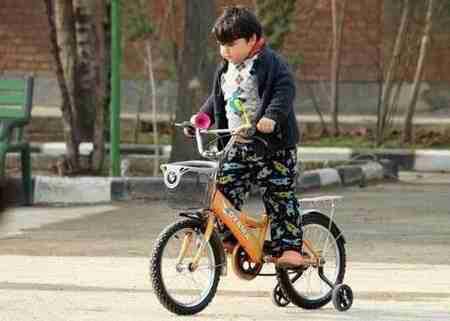 بازیگر نقش رسول در سریال بچه مهندس (2)
