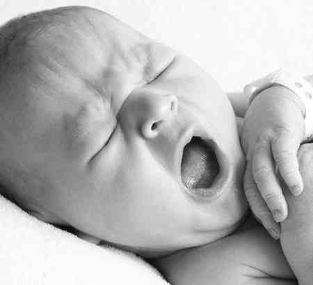لیست کامل وسایل مورد نیاز نوزاد در بیمارستان