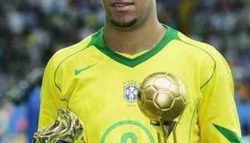 مشروبات الکلی و پارتی های شبانه دلیل افت ستاره برزیلی فوتبال