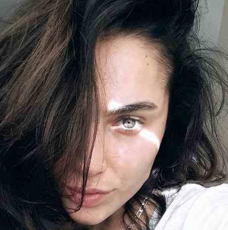 بیوگرافی بازیگر نقش بورجو در سریال ترکی مریم (4)