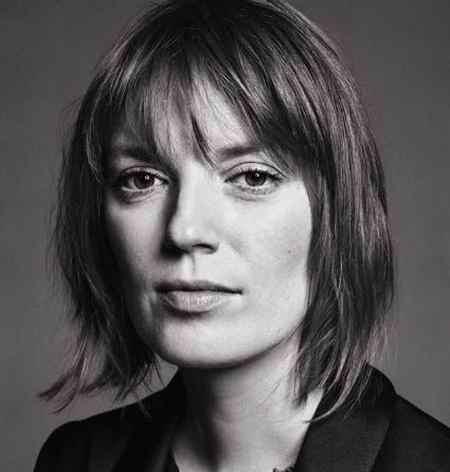 بیوگرافی بازیگر نقش سارا استنلی در سریال قصه های جزیره (5)