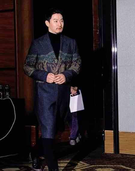بیوگرافی بازیگر نقش وانگ یو ولیعهد و پادشاه گوریو در سریال ملکه کی (8)